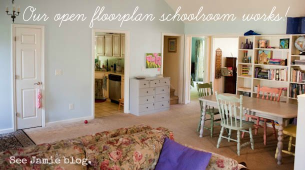Homeschool room see jamie blog for Homeschool dining room ideas