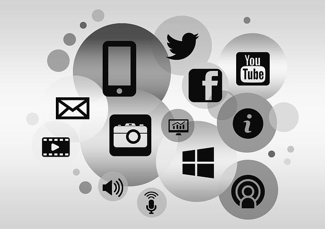 Social Media facade