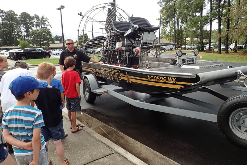 sheriff air boat