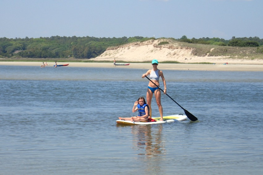 fit mama: paddleboarding fun